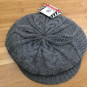Isotoner casual knit hat